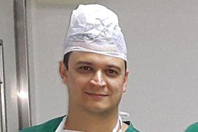 Dr. Leandro Melo