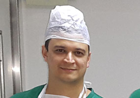 Dr. Leandro Melo